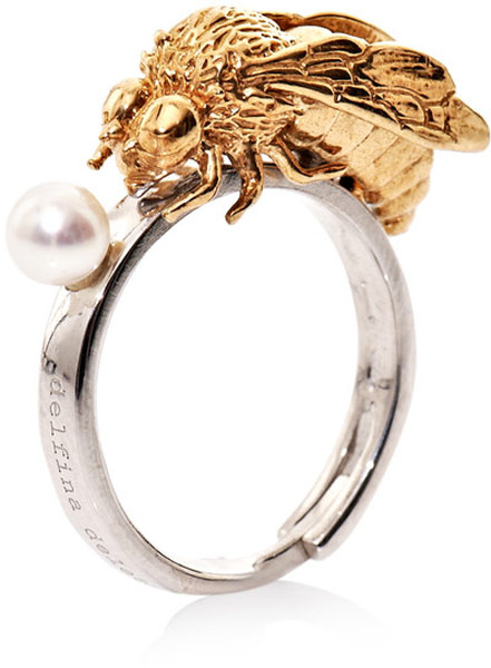 delfina-delettrez-pearl-pearl-to-bee-or-not-to-bee-ring-product-1-4514407-518388987_large_flex